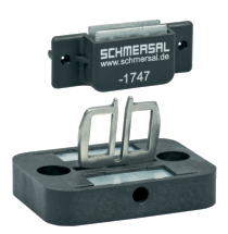 AZ15/16-B3-1747 WITH MAGNETIC LATCH